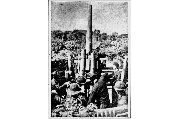 """""""A gun crew man [sic] their weapon far back in the Panama jungle."""" The Tuscaloosa News, Dec 11 1940, P. 3."""