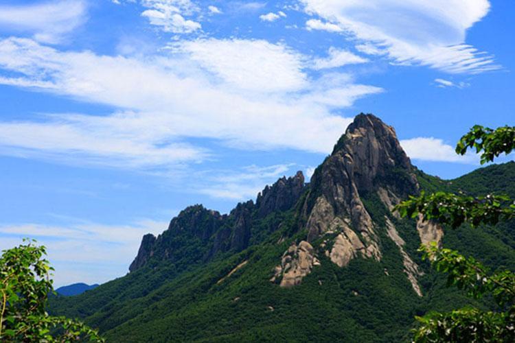Photo: Ulsanbawi Rock at Seoraksan Mountain