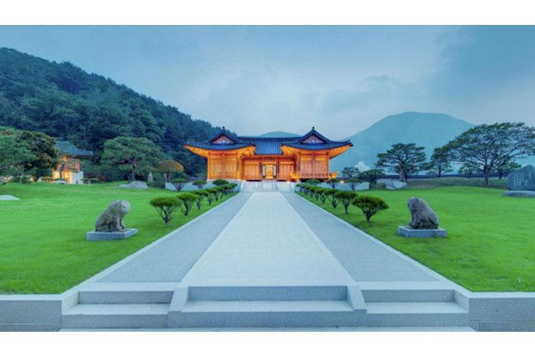 Image: Korean Flower Palace Museum