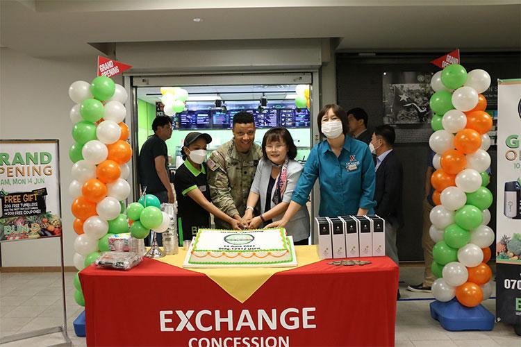 Exchange Photo by Mr. Mun, Yong-chin