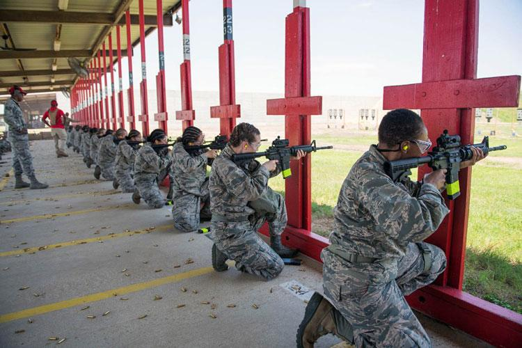 U.S. Air Force trainees at Joint Base San Antonio-Medina Annex fire their M4 carbines during a weapons familiarization course on June 8, 2019. (SARAYUTH PINTHONG/U.S. AIR FORCE)