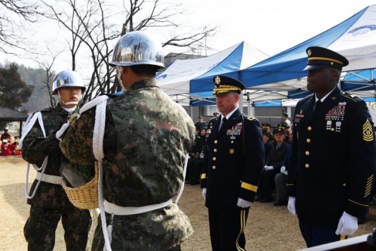 U.S. Army Photo by Pak, Chin U., 2ID/RUCD Public Affairs